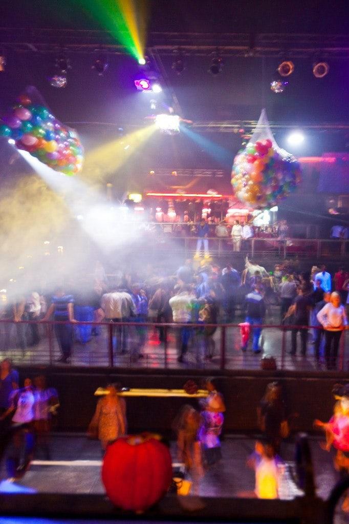 Ночные клубы в сарапуле ночной клуб метелица официальный сайт